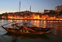 Rabelo_Boat,_Evening_Light_on_Porto.jpg