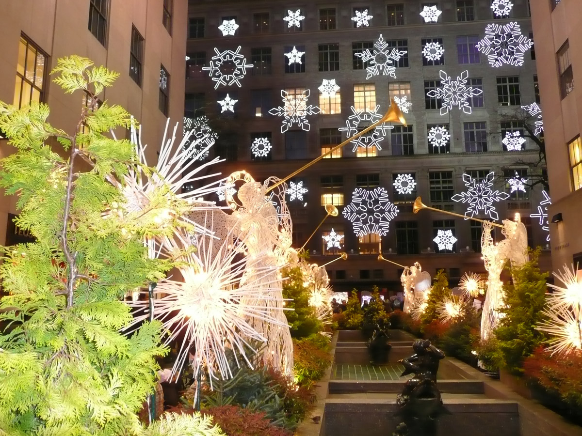 Cosmos tours christmas shopping new york 24 29 for New york in christmas 2017